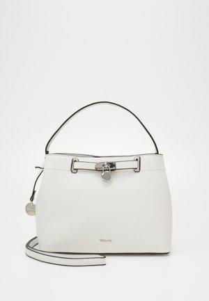 ASTRID - Håndtasker - white