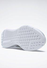 Reebok - REEBOK LITE 2 SHOES - Neutrální běžecké boty - grey - 9