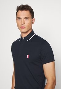 Tommy Hilfiger - SOPHISTICATED SLIM  - Polo - blue - 3