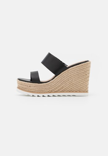 AGRAERITH - Pantofle na podpatku - black