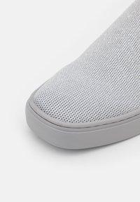 MAX&Co. - Slip-ons - light grey - 6