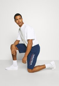 NAUTICA COMPETITION - DODGER - Tracksuit bottoms - navy - 3