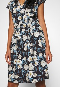 ICHI - BRUCE - Vestido informal - multicolor allure flower - 5