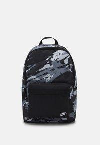 Nike Sportswear - HERITAGE UNISEX - Mochila - black/white - 0