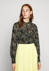 Bruuns Bazaar - DRAW MEG - Button-down blouse - haze - 0