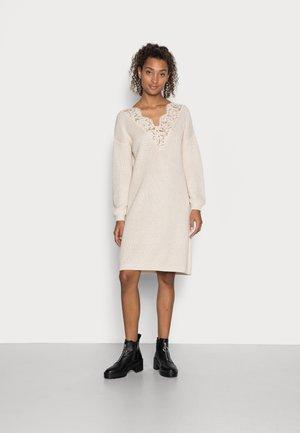 ONLXENIA LIFE DRESS  - Jumper dress - pumice stone