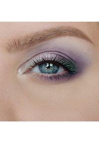 IsaDora - EYESHADOW QUARTET - Eyeshadow palette - enchanted forest - 3