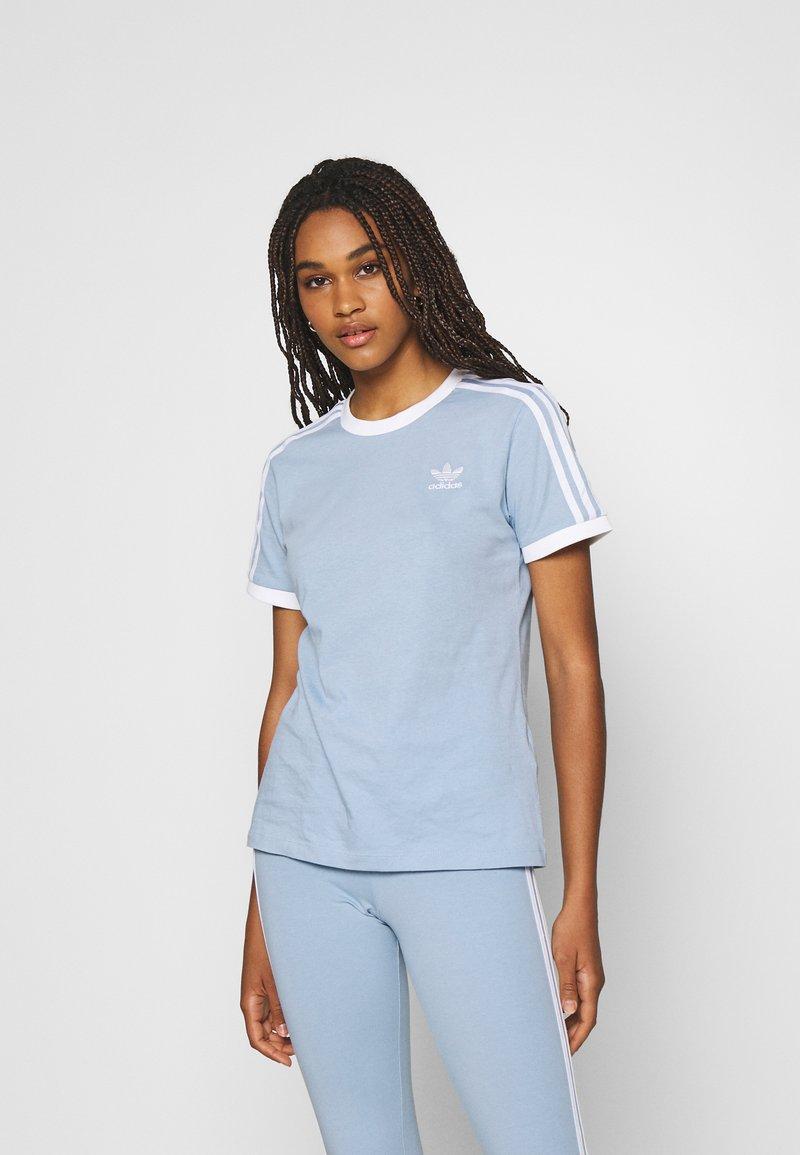 adidas Originals - TEE - Basic T-shirt - ambient sky