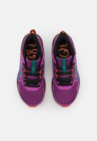 ASICS - GEL-VENTURE 8 UNISEX - Scarpe da trail running - digital grape/baltic jewel - 3