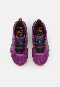 ASICS - GEL-VENTURE 8 UNISEX - Trail running shoes - digital grape/baltic jewel - 3