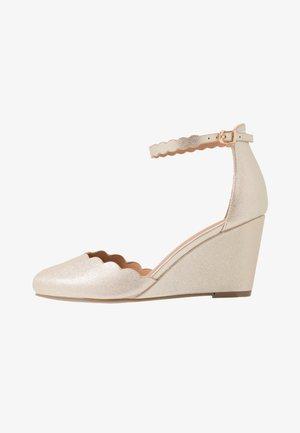 Bridal shoes - soft gold