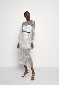 Alice McCall - MYSTERIA MIDI DRESS - Cocktail dress / Party dress - porcelain - 0