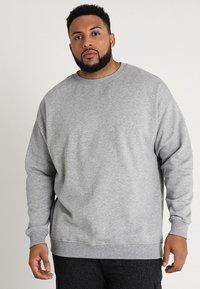 Urban Classics - CREW NECK - Sweatshirt - grey - 0