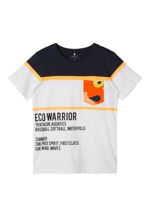 T-shirt print - orange pop