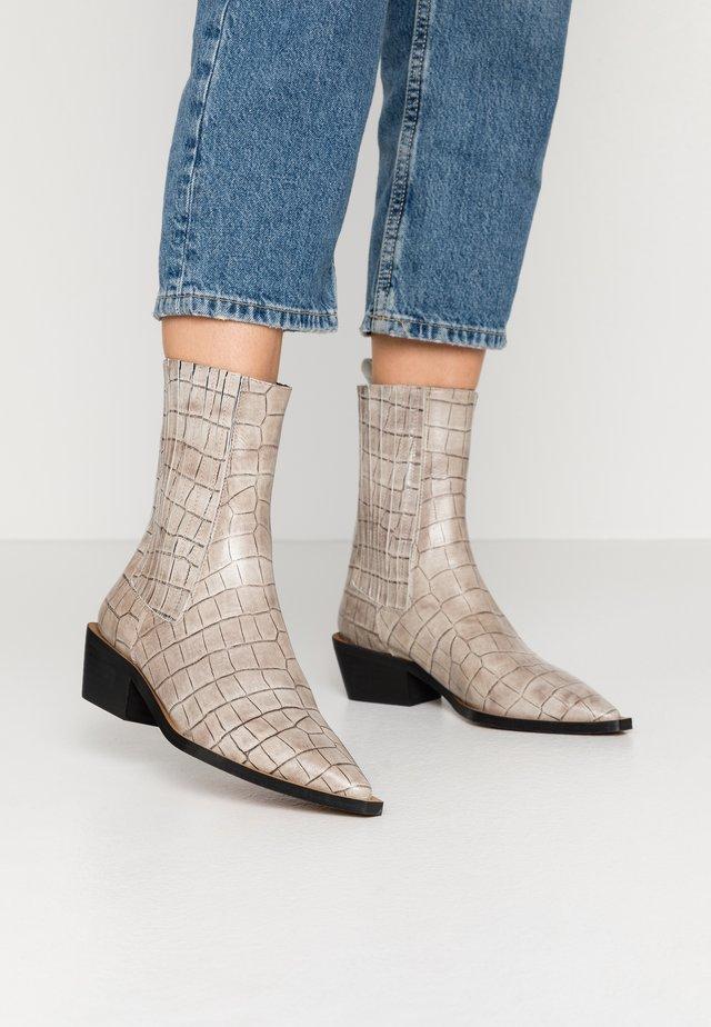 ASHBURY - Cowboy/biker ankle boot - grey