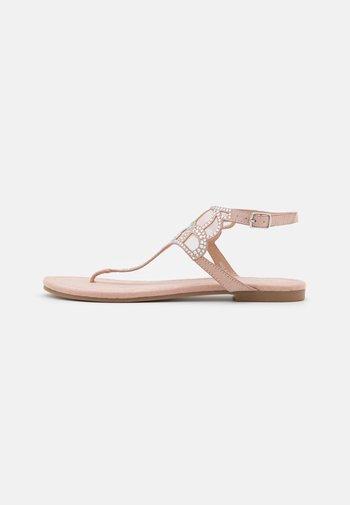 Sandalias de dedo - light pink