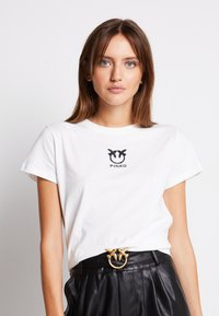 Pinko - BUSSOLANO - Print T-shirt - white - 0