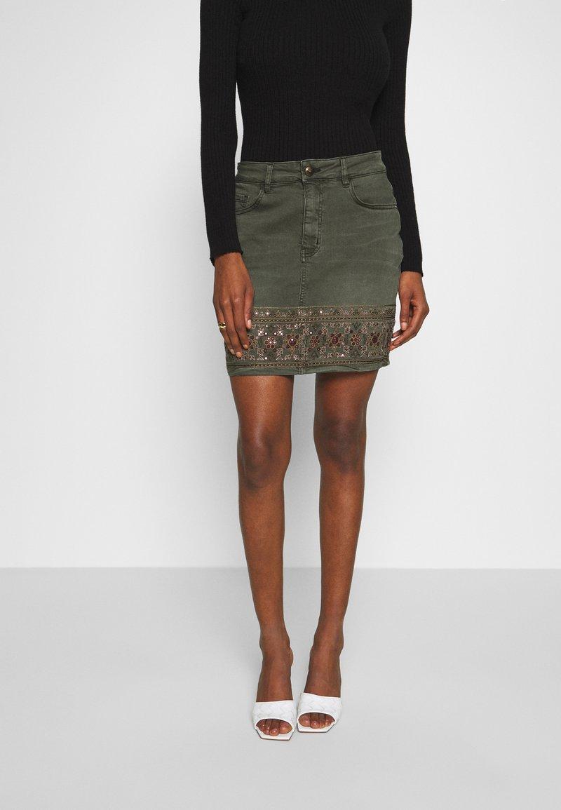 Desigual - FAL OSAKA - A-line skirt - verde militar