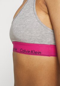 Calvin Klein Underwear - MODERN UNLINED BRALETTE - Alustoppi - grey - 5