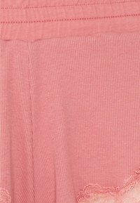 Hunkemöller - x NA-KD SHORT MIA - Pyjama bottoms - dusty pink - 2