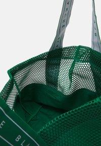 BLANCHE - TOTE LOGO - Tote bag - stella - 2