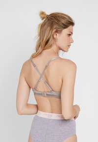 Esprit - GLADSTONE SEXY - Multiway / Strapless bra - light taupe - 3