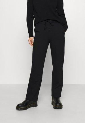 VMEVANA STRING S PANT GA PETITE - Trousers - black
