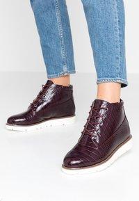 Bianco - BIAASTA WARM WEDGE - Ankle boot - burgundy - 0