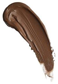 Make up Revolution - CONCEAL & DEFINE SUPERSIZE CONCEALER - Concealer - c17 - 2