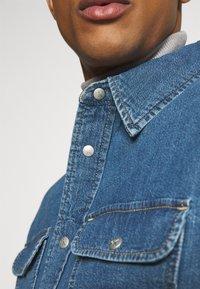 Calvin Klein Jeans - OVERSIZED SHIRT - Overhemd - mid blue - 8