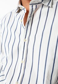 Scalpers - STRIPED - Overhemd - navy stripes - 3