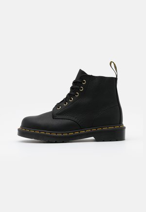 101 - Bottines à lacets - black