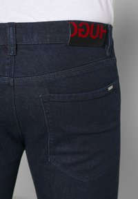 HUGO - Slim fit jeans - dark blue - 5