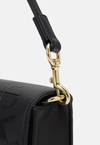 Versace Jeans Couture - THELMA SHOULDER BAG - Kabelka - nero - 5