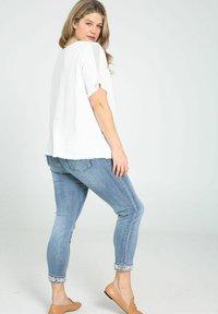 Paprika - Print T-shirt - white - 2