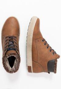 TOM TAILOR - Sneakersy wysokie - rust - 1