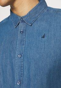 Newport Bay Sailing Club - SHIRT - Overhemd - light wash - 3