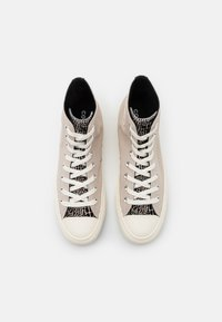 Converse - CHUCK TAYLOR ALL STAR CROC PRINT - Baskets montantes - string/black/egret - 4