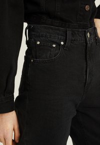 Levi's® - BALLOON LEG - Relaxed fit jeans - black - 3