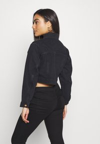 New Look Petite - MISSY CROP JACKET - Denim jacket - black - 2