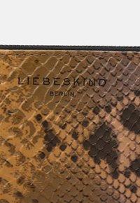 Liebeskind Berlin - ELIZA CAROL - Wallet - blush - 3