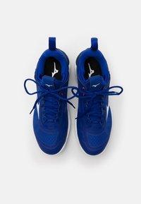 Mizuno - WAVE LUMINOUS - Volleyballsko - blue/white/pink - 3