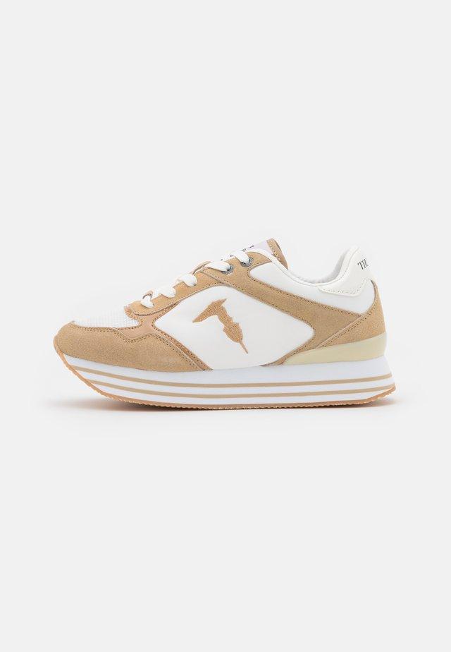 CELTIK MIX - Sneakers laag - beige