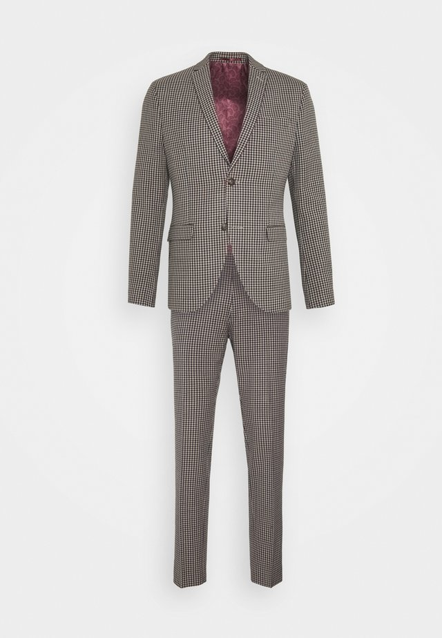 BOLD VINTAGE CHECK SUIT - Suit - red check
