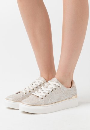 KASSIEE - Sneakers laag - light pink