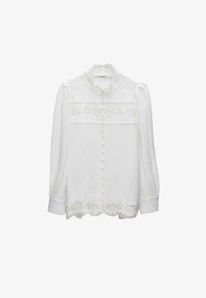 MIT BLUMENSTICKEREIEN  - Košile - white