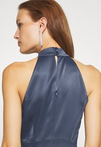 IVY & OAK - LONG NECKHOLDER DRESS - Suknia balowa - graphit blue - 5