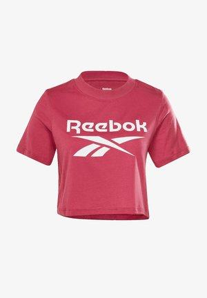 REEBOK IDENTITY REECYCLED CROPPED - Camiseta estampada - pink