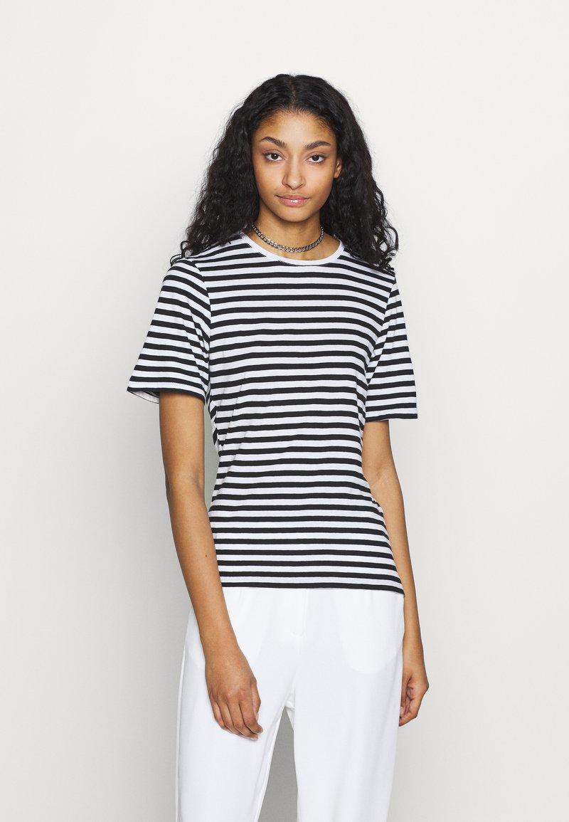 NA-KD - STRIPED TEE - T-shirt print - black/white