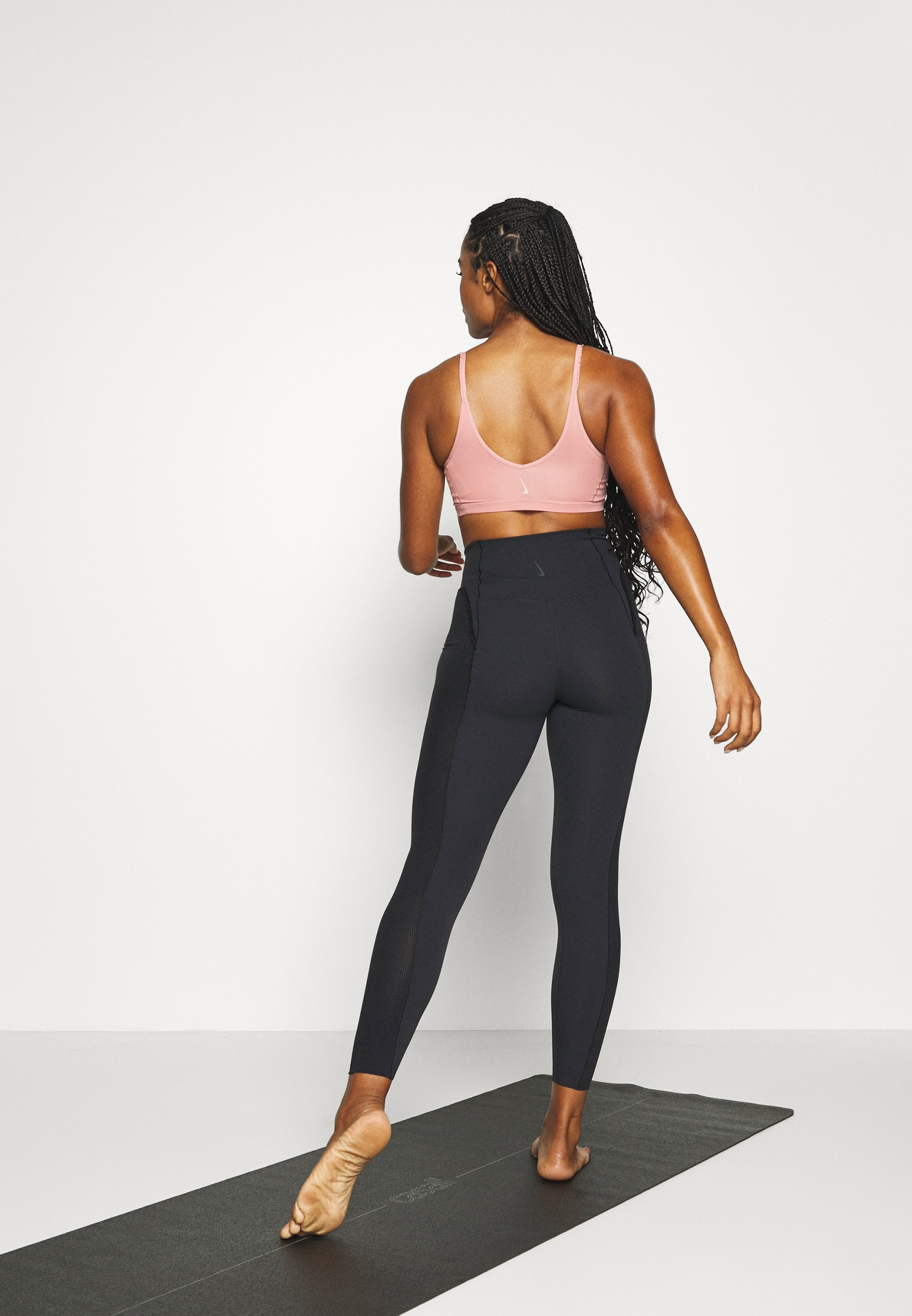 Nike Performance YOGA 7/8 - Leggings - black/smoke grey W6f3Y